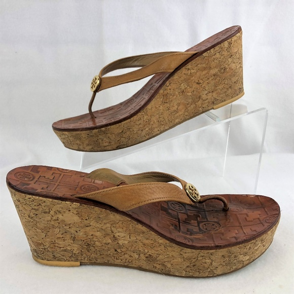 1694836e594 Tory Burch Platform Cork Wedge Thong Sandals. M 5b8f32f9bb761560204c4f96